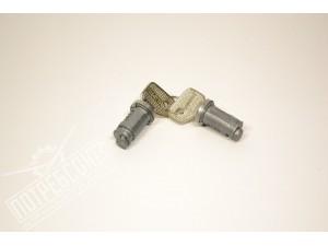 Вставка двери с ключом (ЛИЧИНКА) УАЗ 452 (цилиндр) К-КТ 2 ШТ. / 452-6105152 К-КТ 2 ШТ.