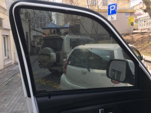 Шторка магнитная каркасная на ПЕРЕДНИЕ окна УАЗ ПАТРИОТ к-кт 2шт / шторка магнитная передняя